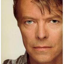 Умер Дэвид Боуи: Почему у певца были глаза разного цвета